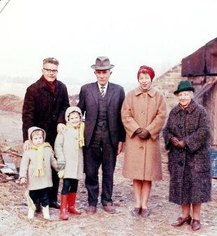 Boerderij P and b, familie, crop
